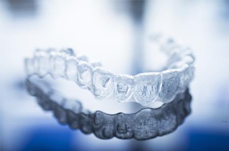 Inviaslign clear braces